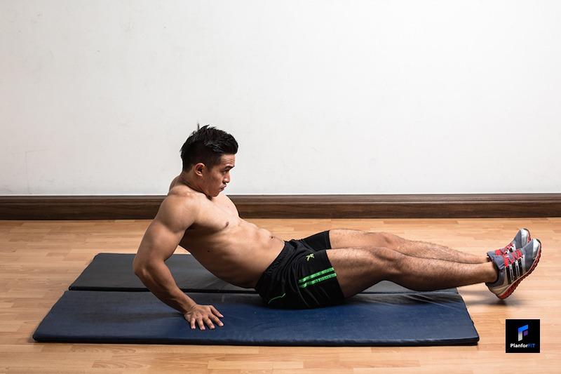 Leg-Pull-In-On-The-Floor-Start