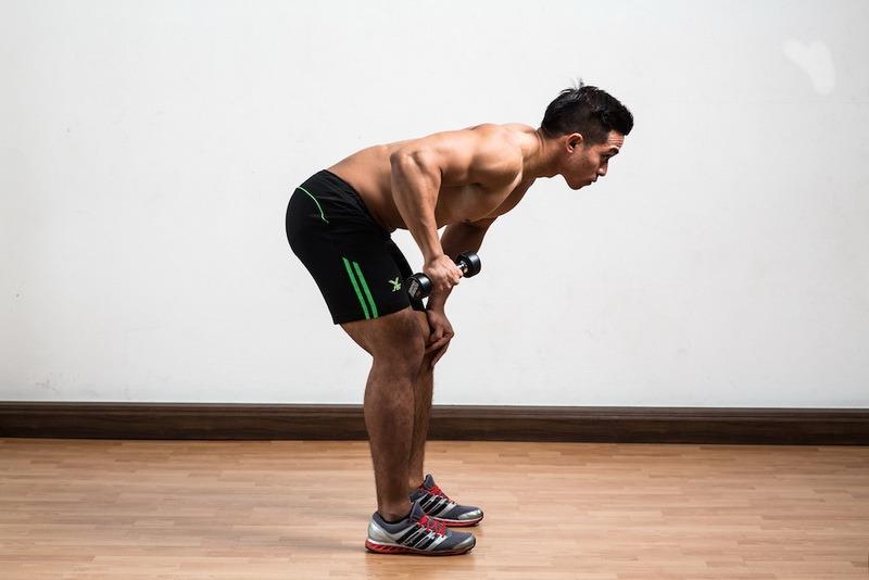 one-arm-dumbell-triceps-kick-back-start_resize